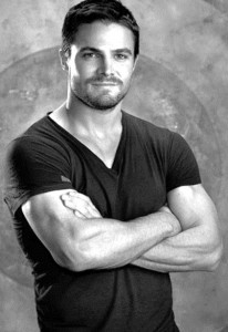 Matt Killian as modeled by the ever handsome Stephen Amell.